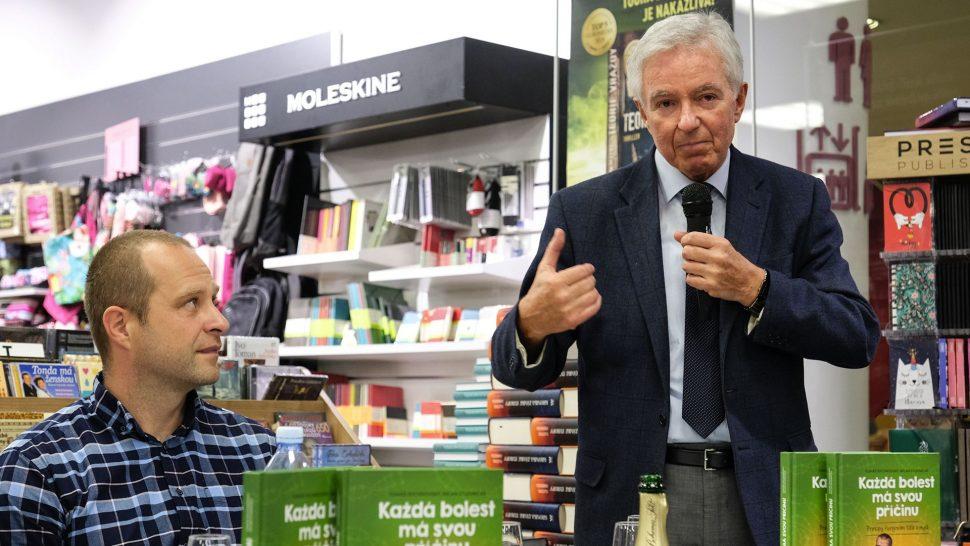 Doc. MUDr. Jan Měšťák, kmotr knihy, mluví ovelkém vlivu psychosomatiky navznik nemocí.